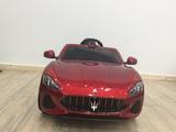 coche eléctrico infantil Maserati - foto