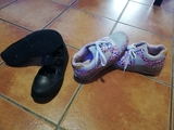 zapatos pabloski y zapatillas con rueda. - foto