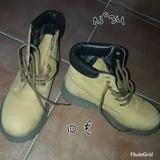 Botas de niño. - foto