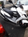 KYMCO YAGER GT 125.  CON USB.  - foto