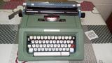 Maquina de escribir manual olivetti 46 - foto