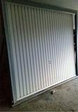 puerta de garaje - foto