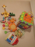 Se venden juguetes variados - foto