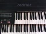 se vende órgano farfisa - foto