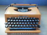 Maquina de escribir antares m-30 vintage - foto