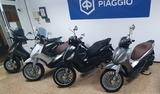 PIAGGIO - SCOOTER Y MOTOCICLETAS NUEVOS - foto