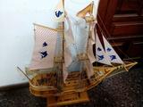 Maqueta de  barco artesanal de madera - foto