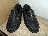 Zapatos artesanos de piel y gran calidad - foto