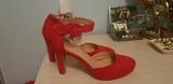zapato de tacón rojo de vestir..n 37 - foto