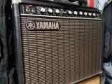Amplificador de guitarra Yamaha G100-112 - foto