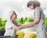 Interna para el cuidado de personas mayo - foto