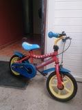 Bicicleta  patrulla canina - foto