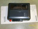 Grabadora cassette walkman SANYO - foto