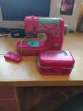 máquina de coser de juguete - foto