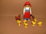 Playmobil Belén , campesina con gallinas - foto