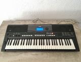 teclado Yamaha psr-e433 piano - foto