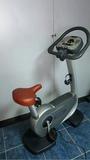 Bici vertical technogym remanufacturada! - foto