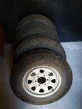 llantas y neumáticos 4x4 - foto