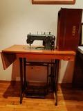 Máquina de coser Refrey - foto
