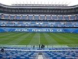 Real Madrid Valencia cerca cesped - foto