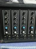 Amplificador Peavey Mixer amp XR 600B - foto