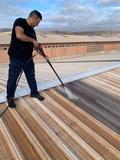 limpieza y reparación techo nave - foto