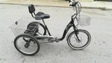 vendo bicicleta  tres ruedas electrica - foto