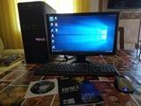 Pc de mesa,torre,teclado, ratón - foto