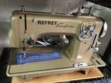 Venta y reparación de máquinas de coser. - foto