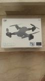 Dron 2 camaras dirigidas despegue aire - foto