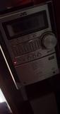 Minicadena JVC con RADIO, AUX y para 5CD - foto