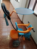 Se vende triciclo de la marca Feber. - foto
