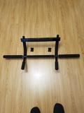 Barra  de tracción para musculación - foto