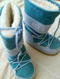 Botas de nieve impermeables - foto