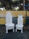 tronos niños y adultos - foto