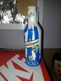 botella de cerveza del malaga sin abrir - foto