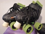 SE VENDEN PATINES HOCKEY - foto