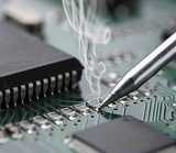 Reparación electrónica - foto