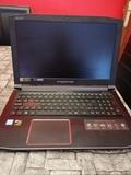 Acer predator helios 300 - foto