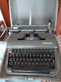se vende maquina de escribir antigua mar - foto
