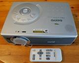 Sony Pro-X SVGA Projector y Pantalla - foto