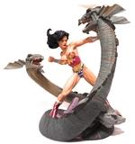 Wonder Woman vs Hydra estatua DC Comics - foto