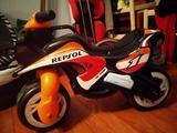 INJUSA Moto para niñ@s Repsol 750. - foto
