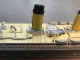 maqueta de barco titanic - foto