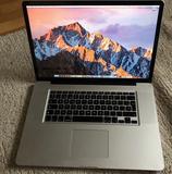 MacBook Pro 17' Intel Core i7 - foto