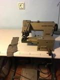 lote de maquinas de coser y 1 de plancha - foto