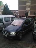 Opel Zafira con enganche para remolque - foto