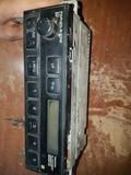 RADIO ORIGINAL TOYOTA - foto