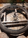 Se vende rueda delantera - foto