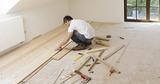 Instalamos suelos de madera y pintamos - foto
